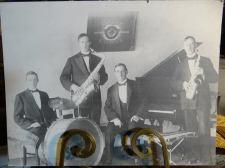 Hitch's Happy Harmonists